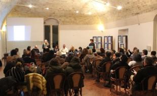 """I presenti presso la Sala Conferenze della Fondazione """"Le Monacelle"""" Foto: Giovanni Calia"""