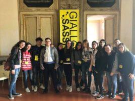 Foto ricordo di una squadra di scuola superiore con il Duca Malvezzi